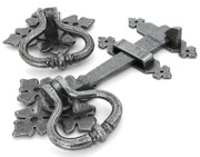 From The Anvil Shakespeare Latch Set, Pewter - 33685