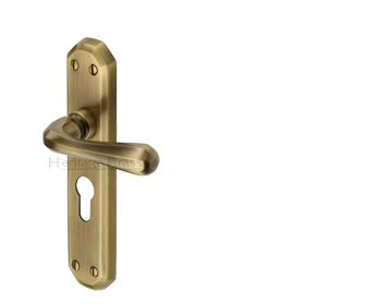 Heritage Brass 'Charlbury' Antique Brass Door Handles - V7050-AT (sold in pairs)
