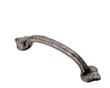fingertip hammered cabinet pull handle (128mm c/c), pewter
