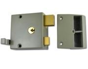 Union 1332 & 1334 Drawback Rimlock, White With Satin Chrome Cylinder