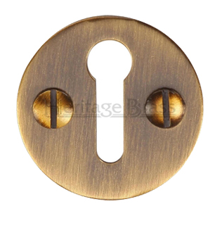 Heritage Brass 'Standard' Key Escutcheon, Antique Brass - V1010-AT