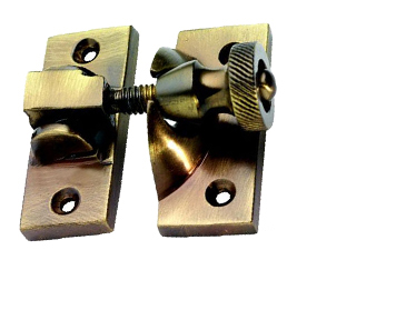BRIGHTON SASH WINDOW FASTENER (57MM X 25MM), ANTIQUE BRASS - XL135AB