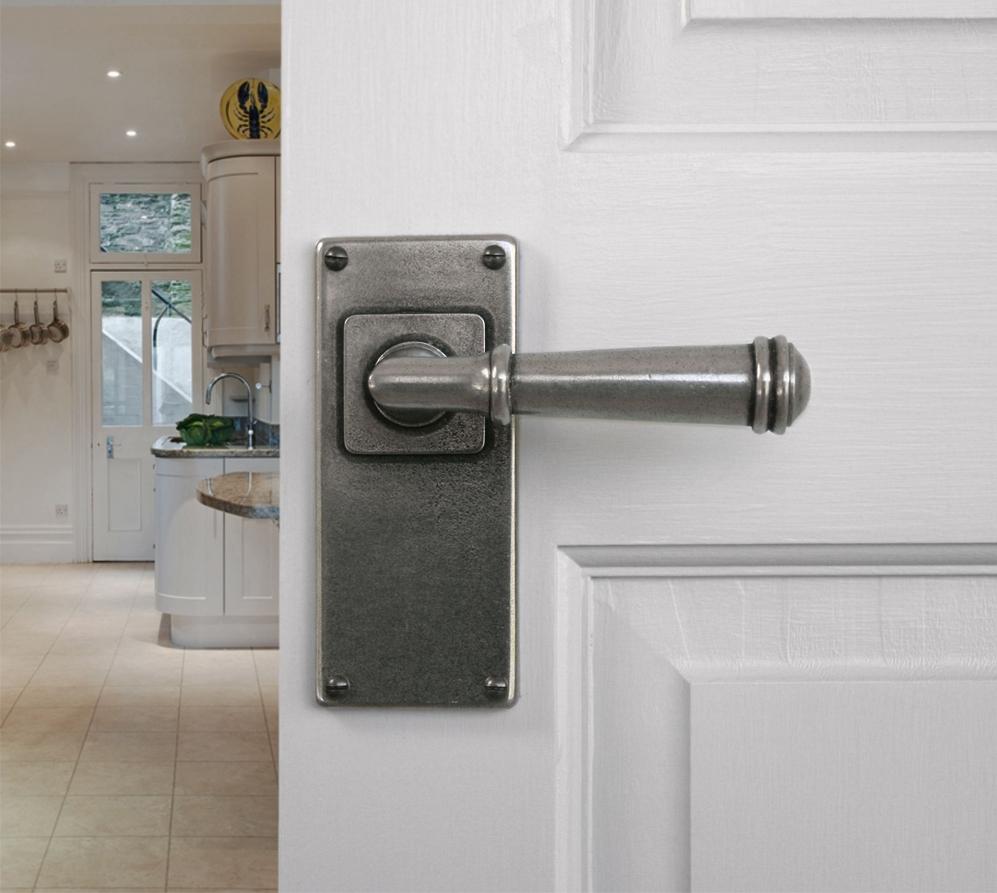 Finesse Durham Jesmond Door Handles On Backplate Pewter