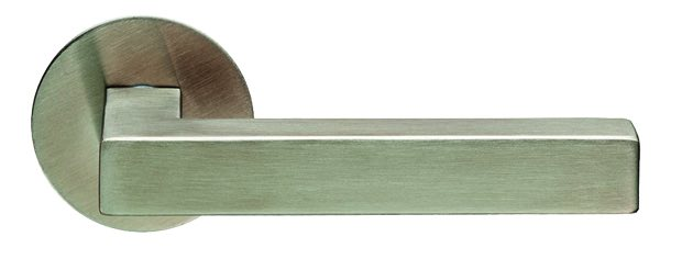 19mm diameter Eurospec Lever handle on Rose CSL1195SSS Satin stainless steel